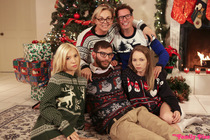 christmas_family_sex_008.jpg