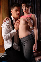 Paris Lincoln Workout Wet Wild Blowjob Juicy Pussy Fucked - Picture 3