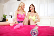 Alli Rae And Molly Jane Creamy Fuck Holes Threesome - Picture 1