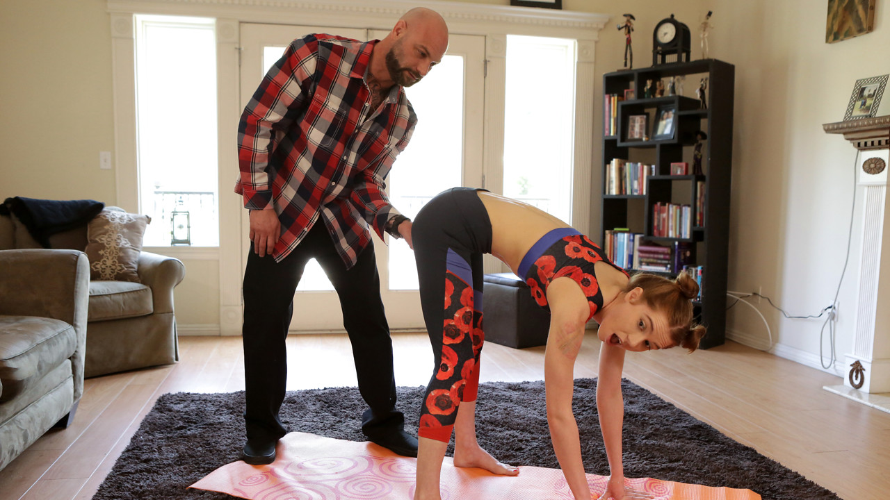 Daddy's Lil Angel - Yoga With Daddy - S2:E5