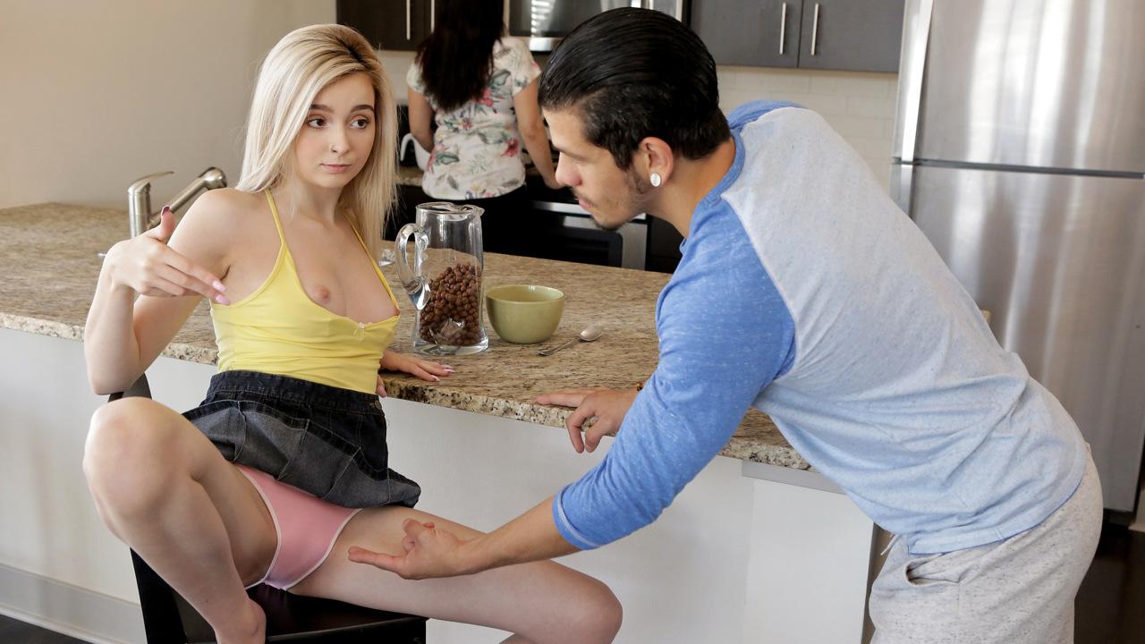Gros cul visitez le site baise24 Blonde adult video