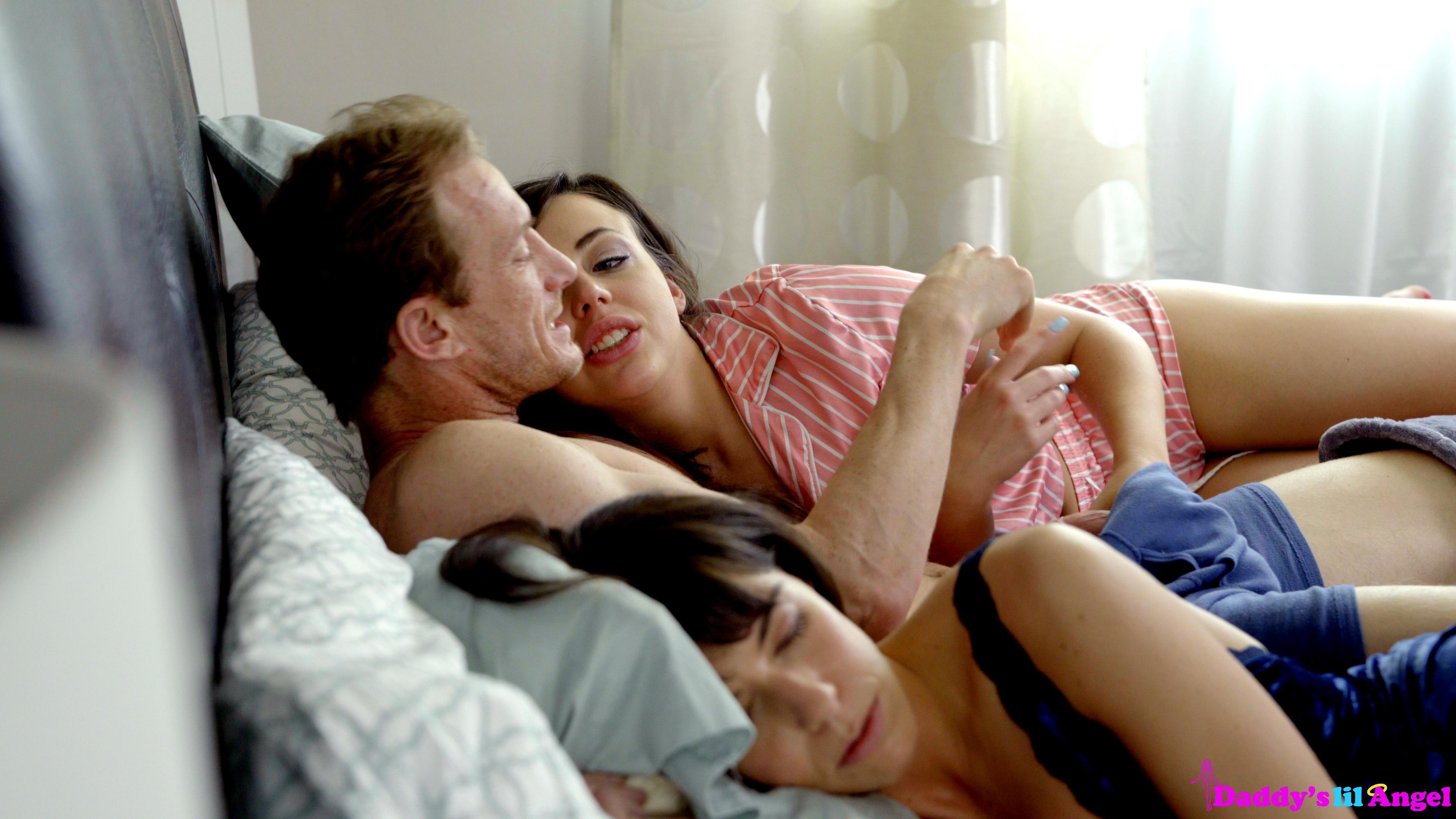 DaddysLilAngel.com - Whitney Wright: Dont Wake Mommy - S2:E4