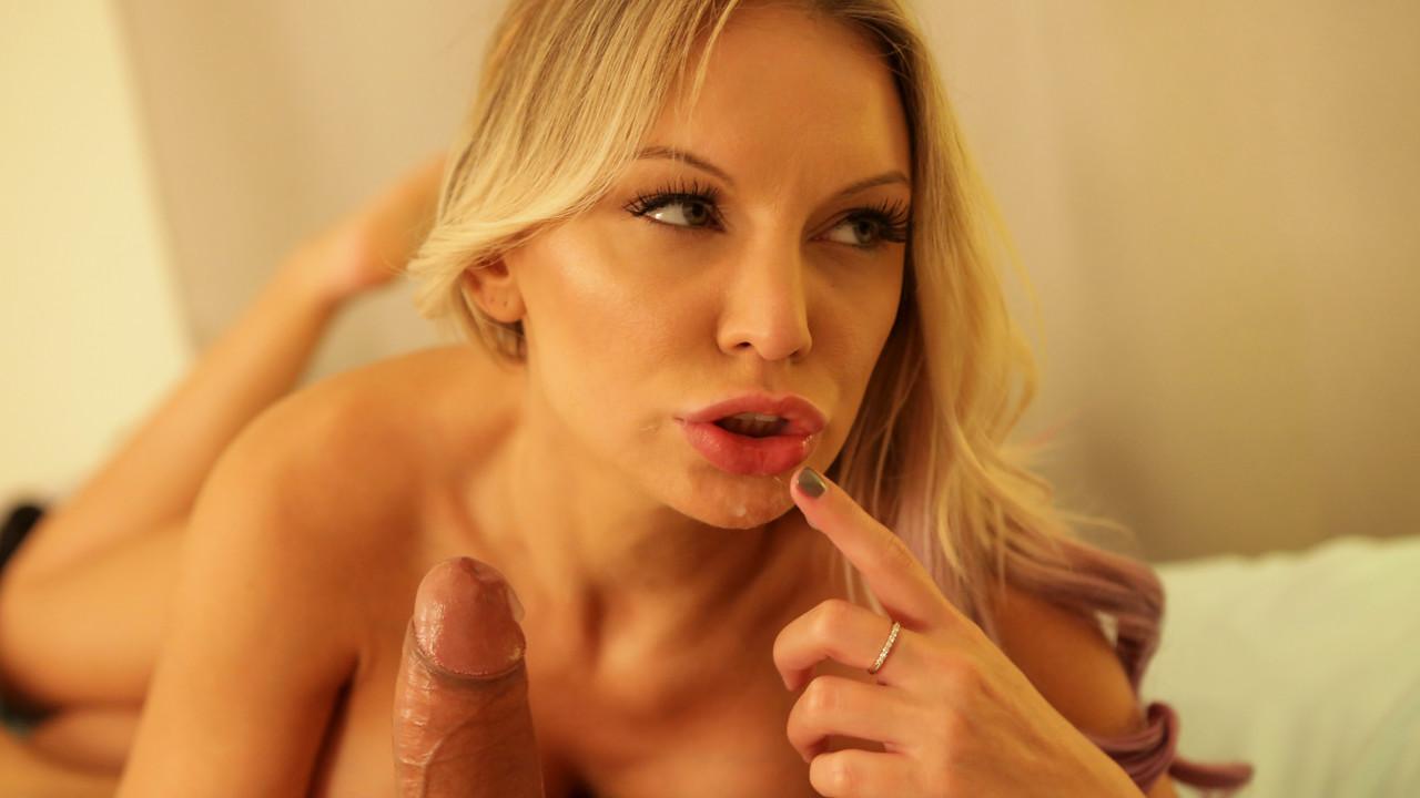 Nubiles-Porn.com - Kenzie Taylor: Femme Fatale - S13:E2
