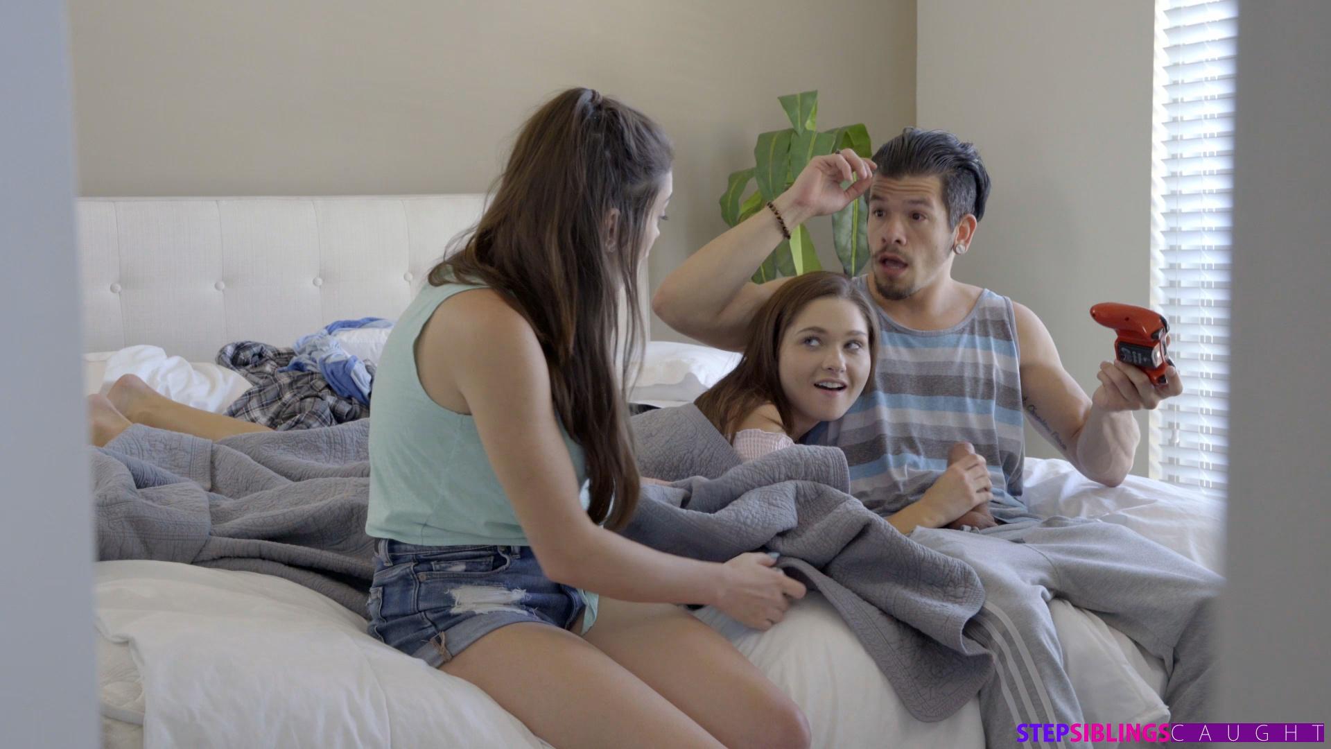 StepSiblingsCaught.com - Ashly Anderson,Zoe Bloom: Game Changer - S8:E3