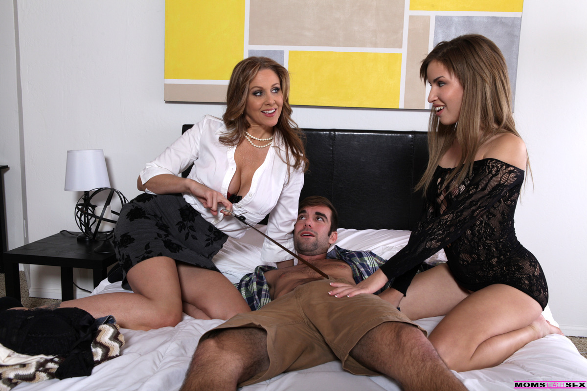Julia Ann Moms Teach Sex