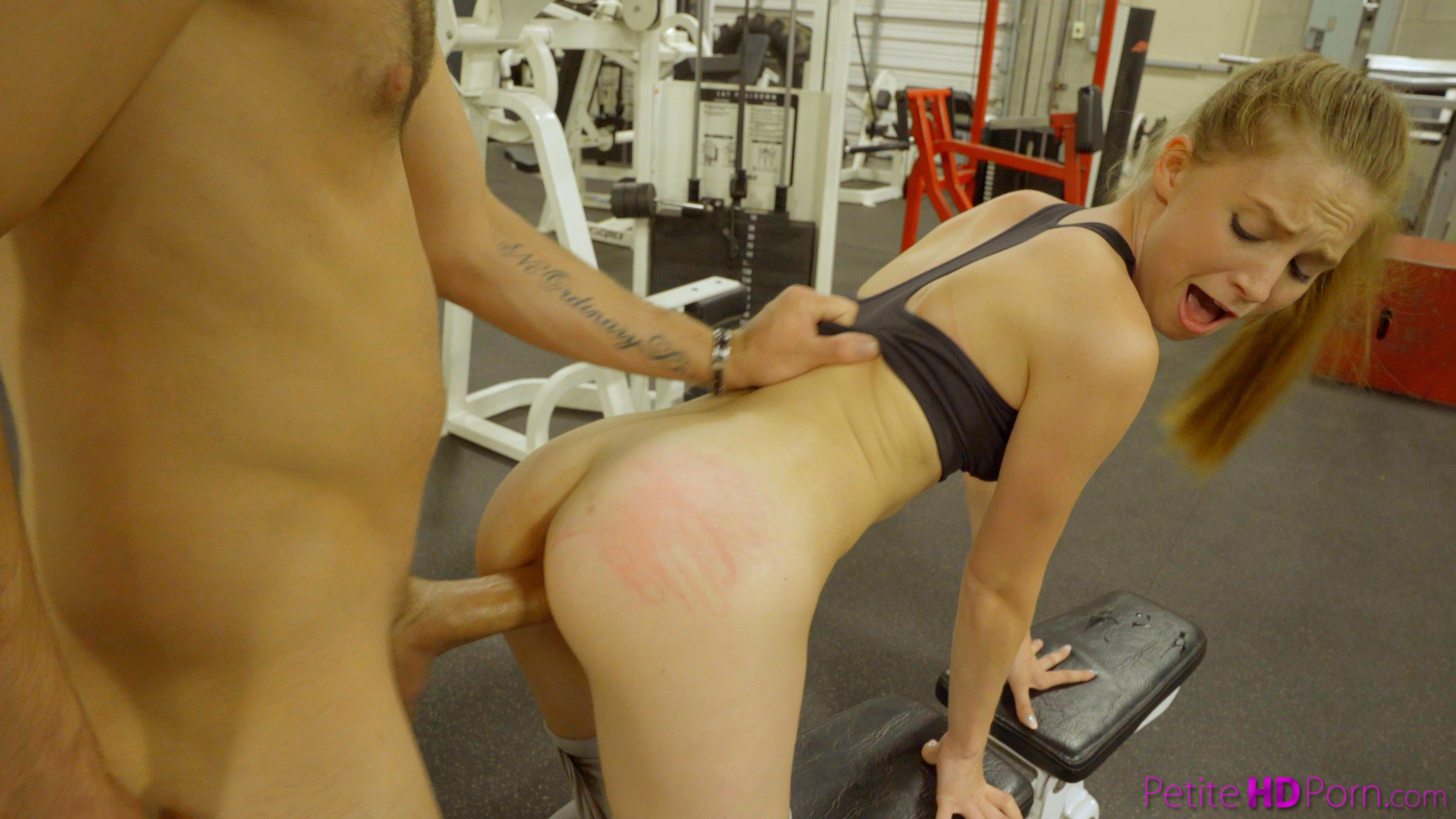 PetiteHDPorn.com - Ava Parker: Sex At The Gym - S16:E10