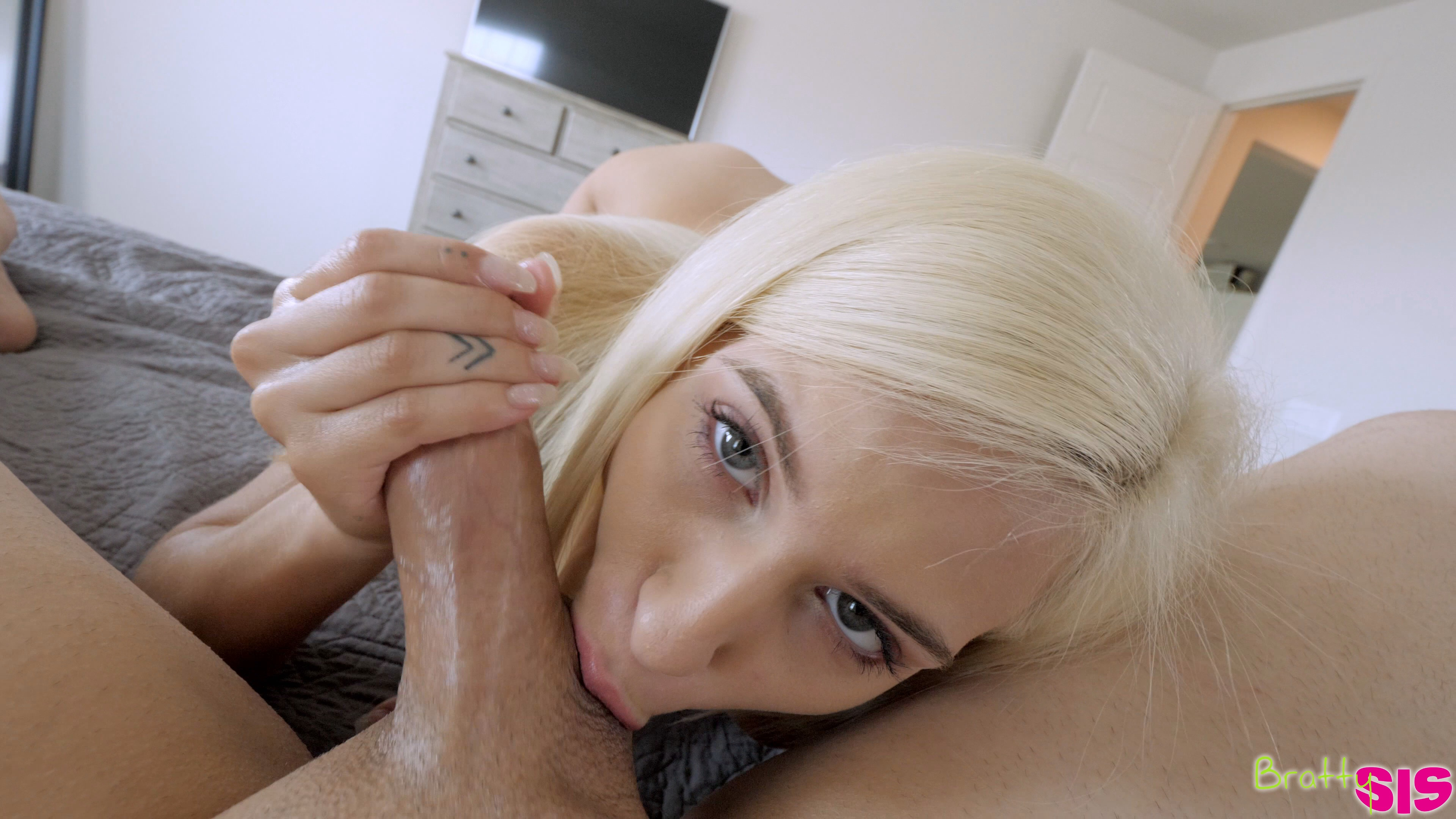 Skinny blonde stepdaughter fucking daddy