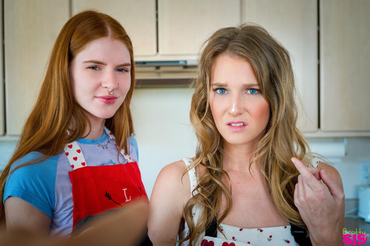brattysis.com - Ashley Lane,Jane Rogers: Step Sisters Valentines Cookie - S17:E4