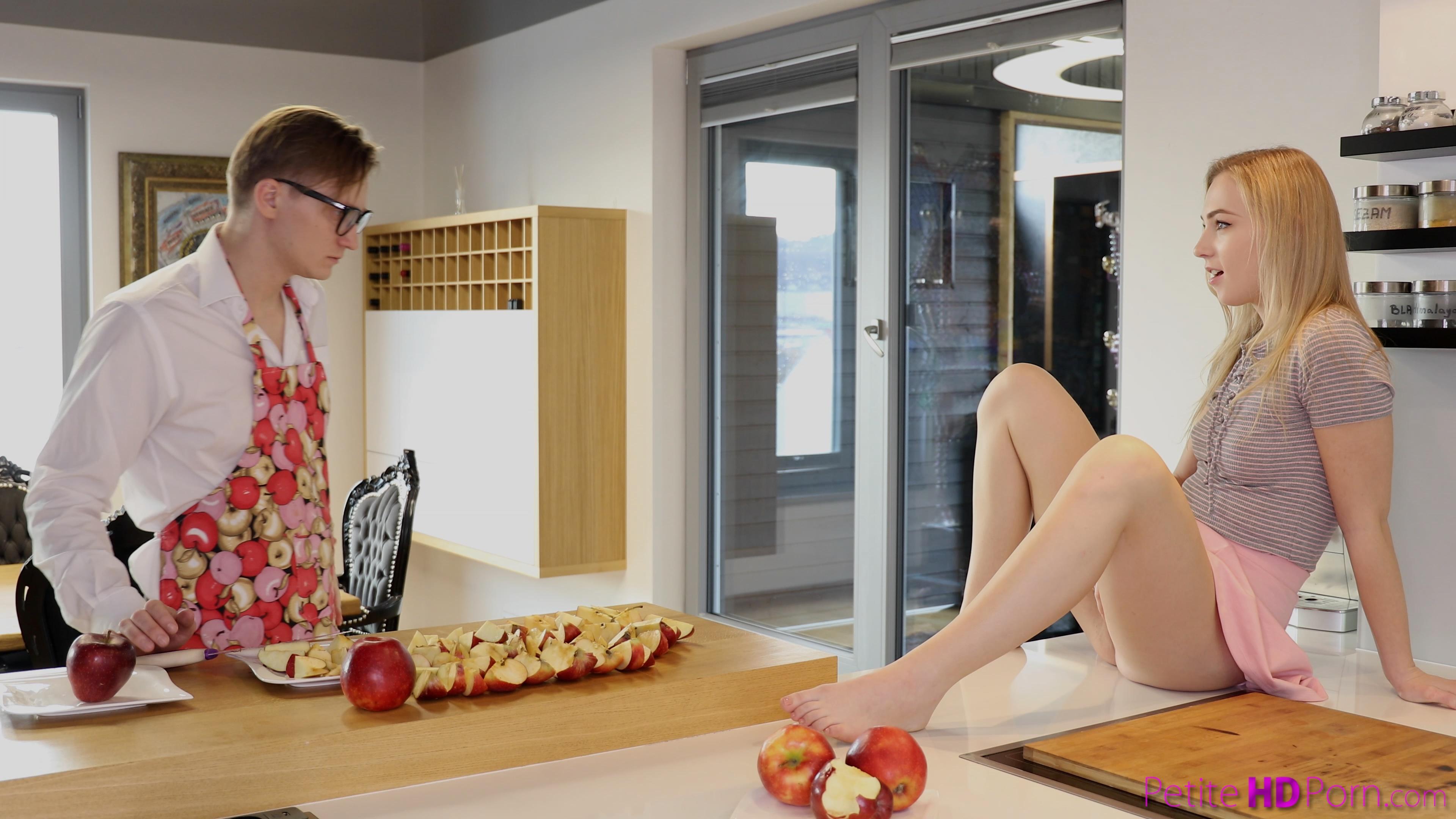 Apple Pie Porn petite hd porn - step sisters warm apple pie - s20:e4