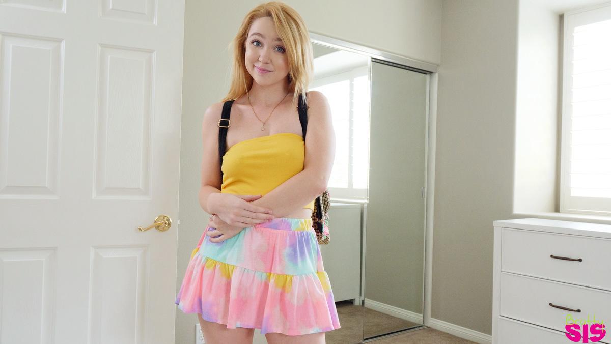 brattysis.com - Nikole Nash: You Cant Wear That To School - S15:E8